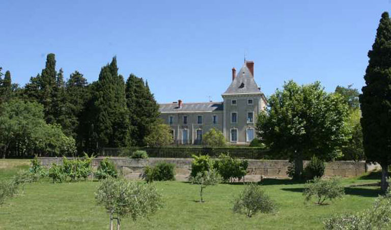Castles, Beautiful houses, Guest houses-Holidays cottage and Mas